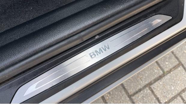2017 BMW SDrive18d xLine (White) - Image: 35