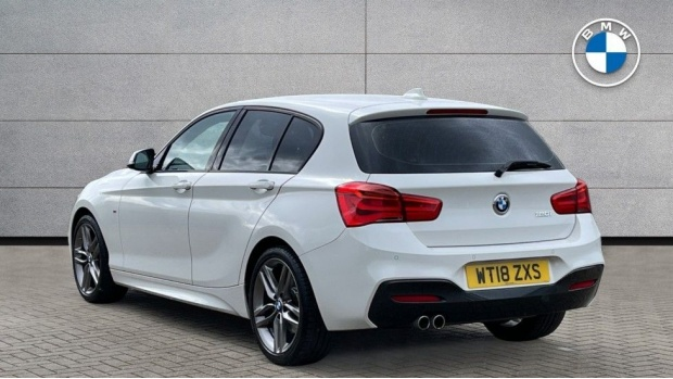 2018 BMW 120i M Sport 5-door (White) - Image: 2