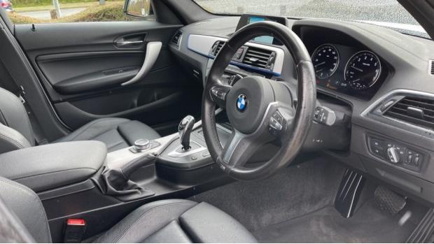 2018 BMW 120i M Sport 5-door (White) - Image: 6