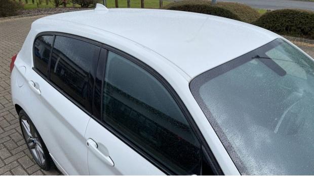 2018 BMW 120i M Sport 5-door (White) - Image: 21