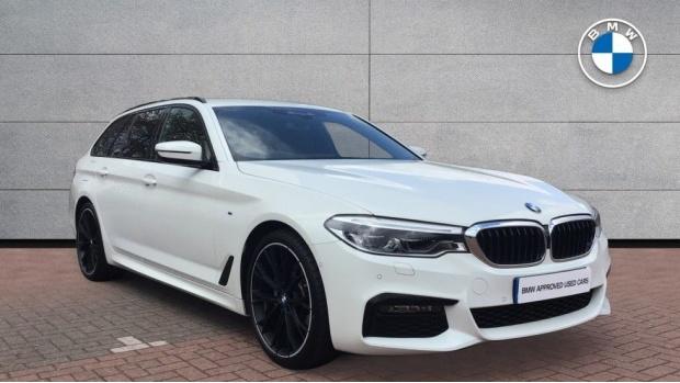 2020 BMW 520d M Sport Touring (White) - Image: 1