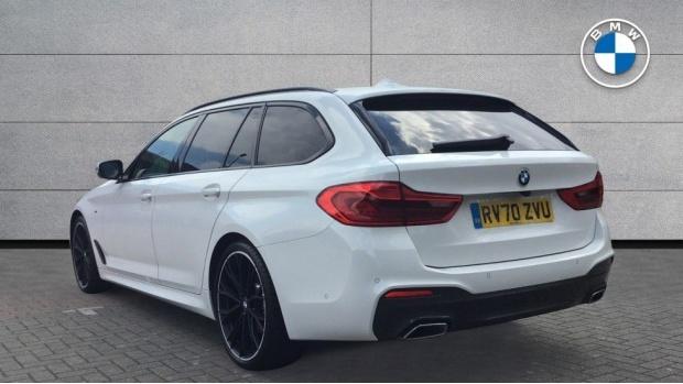 2020 BMW 520d M Sport Touring (White) - Image: 2