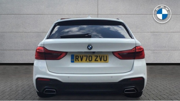 2020 BMW 520d M Sport Touring (White) - Image: 15