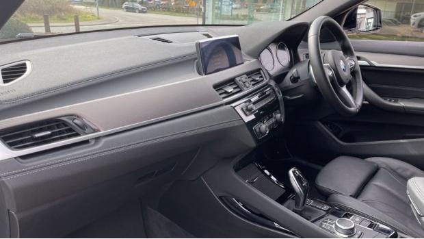 2020 BMW XDrive18d M Sport X (White) - Image: 7