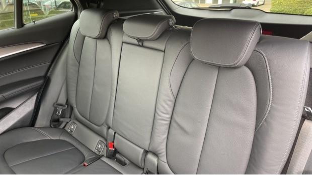 2020 BMW XDrive18d M Sport X (White) - Image: 12