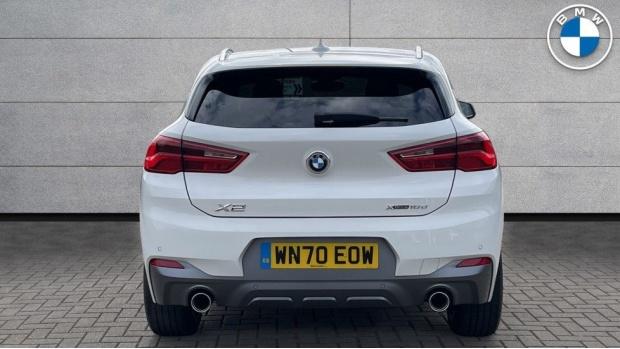2020 BMW XDrive18d M Sport X (White) - Image: 15