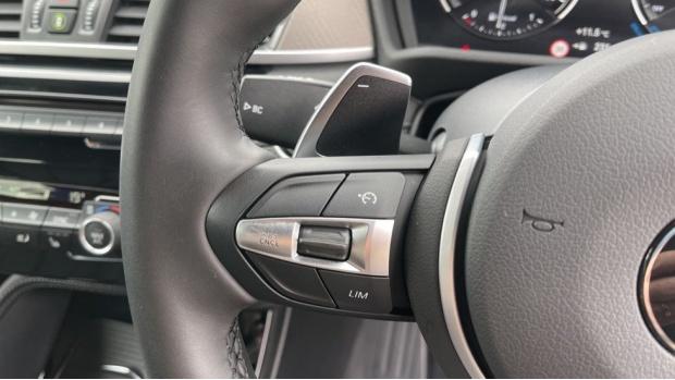 2020 BMW XDrive18d M Sport X (White) - Image: 17
