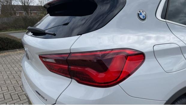 2020 BMW XDrive18d M Sport X (White) - Image: 21