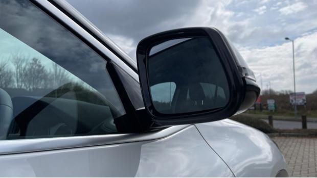 2020 BMW XDrive18d M Sport X (White) - Image: 24