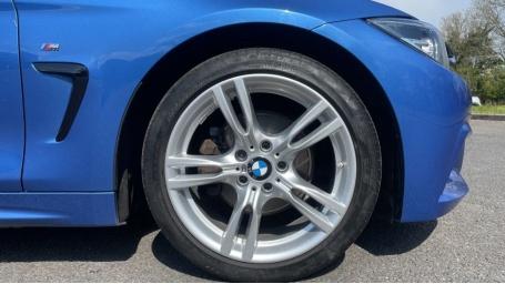 2018 BMW 420d M Sport Coupe (Blue) - Image: 14