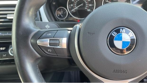 2018 BMW 420d M Sport Coupe (Blue) - Image: 17