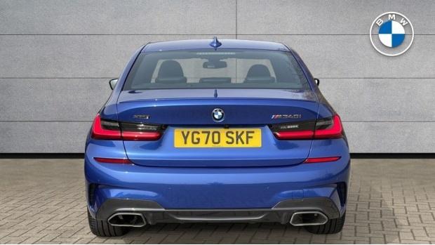2020 BMW M340i xDrive Saloon (Blue) - Image: 15