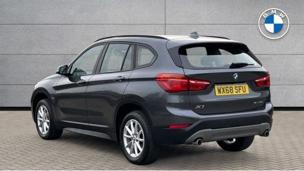 2018 BMW SDrive18d SE (Grey) - Image: 2