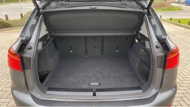 2018 BMW SDrive18d SE (Grey) - Image: 13