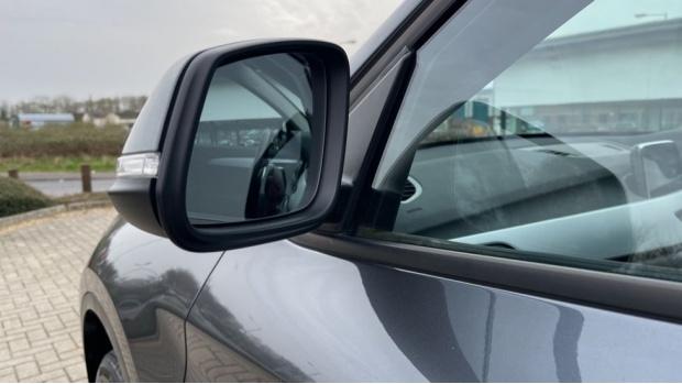 2018 BMW SDrive18d SE (Grey) - Image: 32