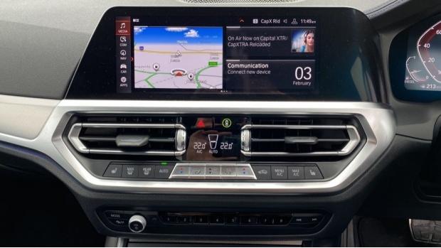 2020 BMW 320d M Sport Touring (Black) - Image: 8