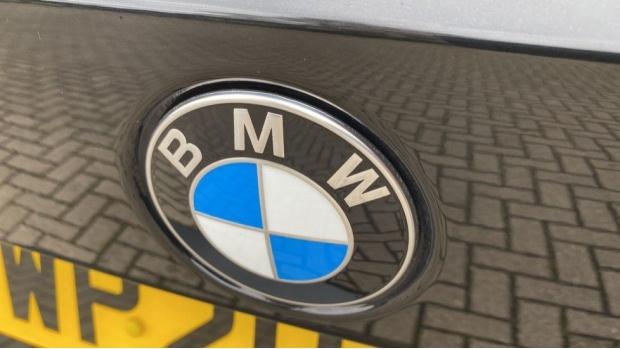 2020 BMW 320d M Sport Touring (Black) - Image: 30