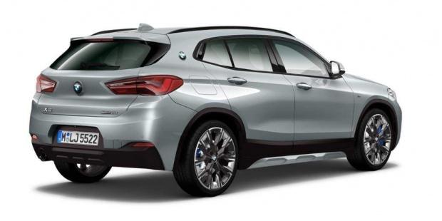 2021 BMW 18i M Mesh Edition DCT sDrive 5-door (Grey) - Image: 2