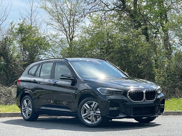 2021 BMW 25e 10kWh M Sport Auto xDrive 5-door (Black) - Image: 1
