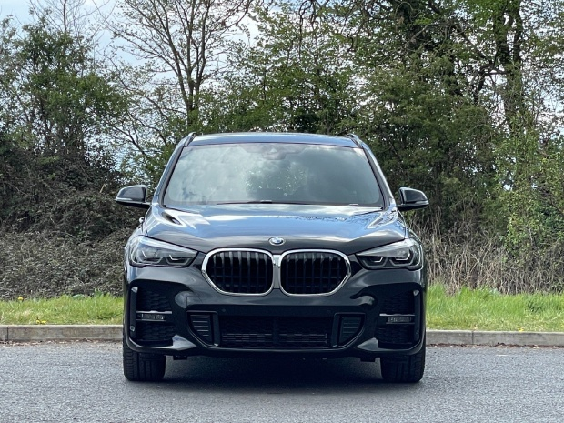 2021 BMW 25e 10kWh M Sport Auto xDrive 5-door (Black) - Image: 16