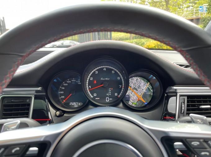 2018 Porsche Turbo Performance PDK 4WD 5-door (Blue) - Image: 8