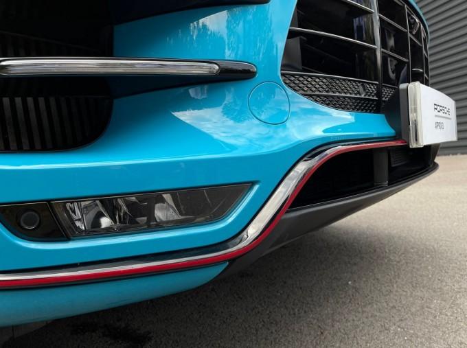 2018 Porsche Turbo Performance PDK 4WD 5-door (Blue) - Image: 27