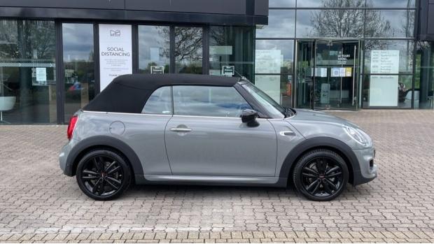 2020 MINI Cooper Sport (Grey) - Image: 3