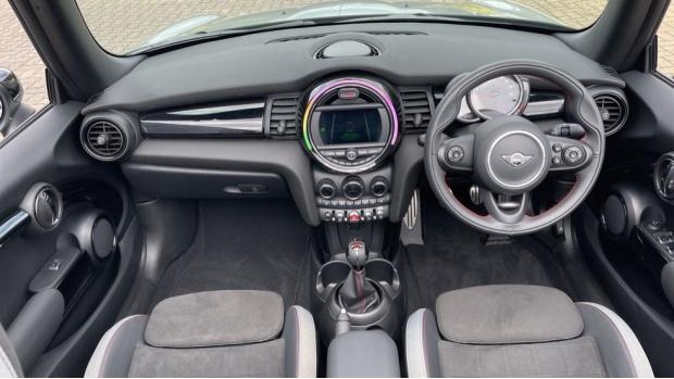 2020 MINI Cooper Sport (Grey) - Image: 4