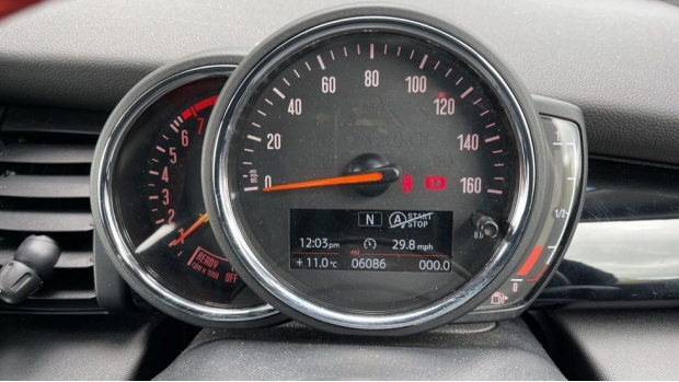 2020 MINI Cooper Sport (Grey) - Image: 9