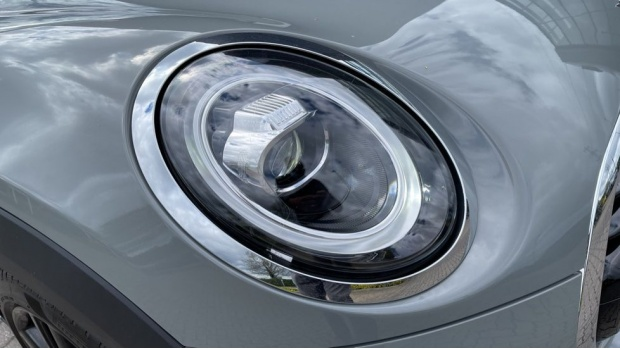 2020 MINI Cooper Sport (Grey) - Image: 23