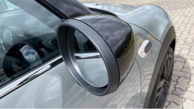 2020 MINI Cooper Sport (Grey) - Image: 25