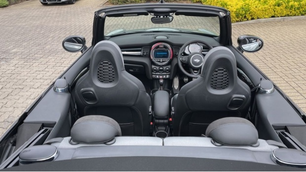 2020 MINI Cooper Sport (Grey) - Image: 38