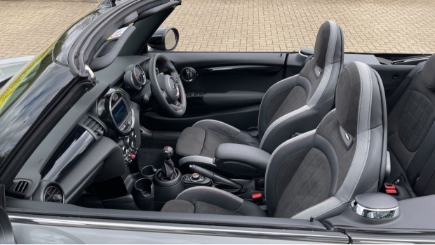 2020 MINI Cooper Sport (Grey) - Image: 40