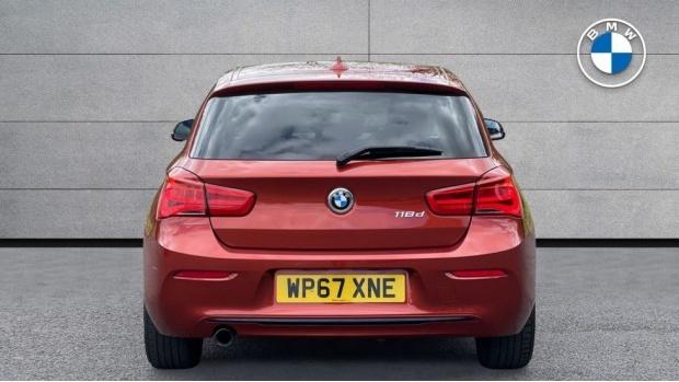 2017 BMW 118d Sport 3-door (Orange) - Image: 15