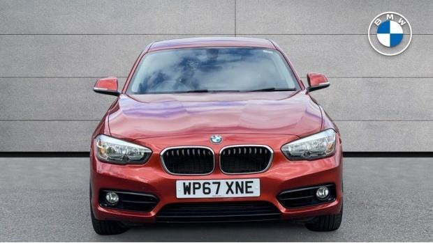 2017 BMW 118d Sport 3-door (Orange) - Image: 16