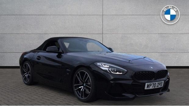 2021 BMW SDrive20i M Sport (Black) - Image: 1