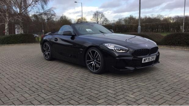 2021 BMW SDrive20i M Sport (Black) - Image: 32