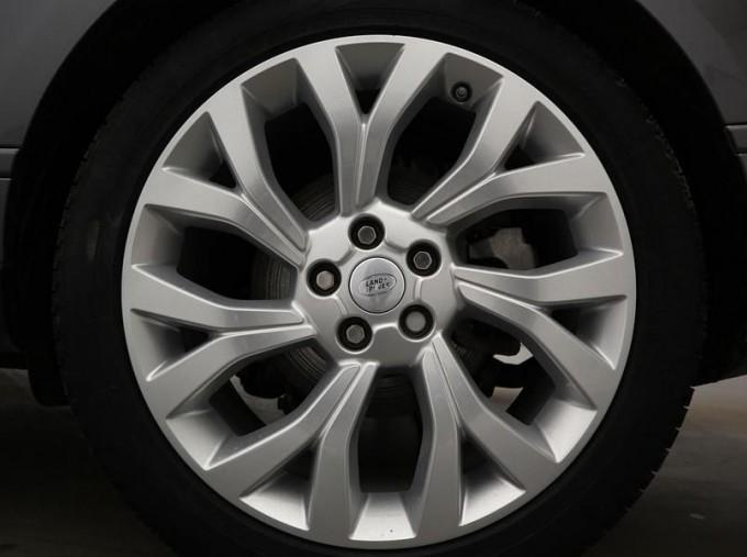 2019 Land Rover SD V6 Vogue SE Auto 4WD 5-door (Grey) - Image: 8