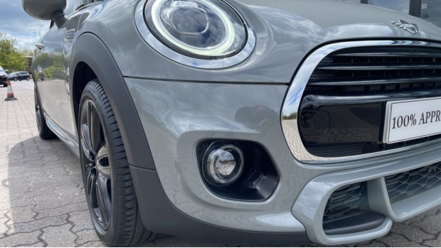 2020 MINI Cooper Sport (Grey) - Image: 28