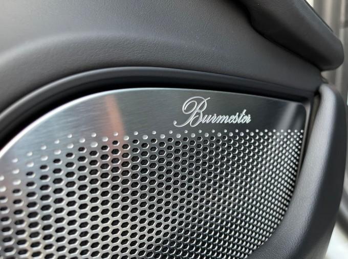 2020 Porsche 93.4kWh Turbo S Auto 4WD 4-door (White) - Image: 19