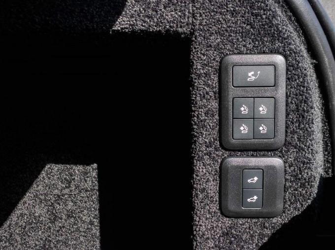 2021 Land Rover D300 MHEV Autobiography Auto 4WD 5-door (Grey) - Image: 21