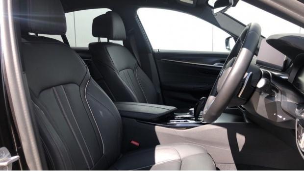 2021 BMW 530e M Sport Saloon (Grey) - Image: 11