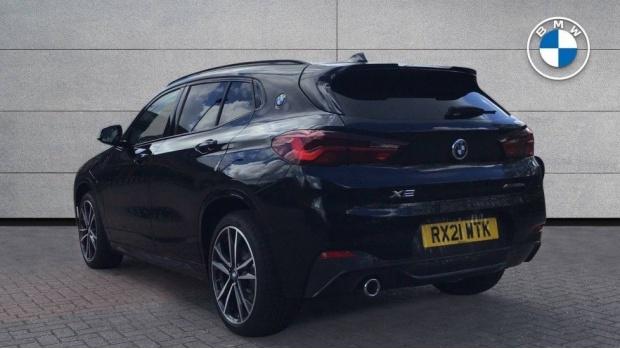 2021 BMW XDrive25e M Sport (Black) - Image: 2