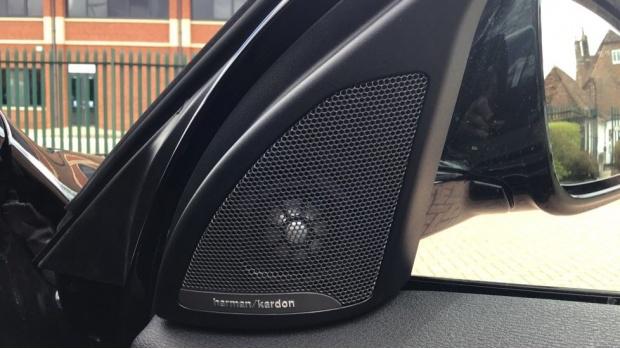 2021 BMW XDrive25e M Sport (Black) - Image: 20