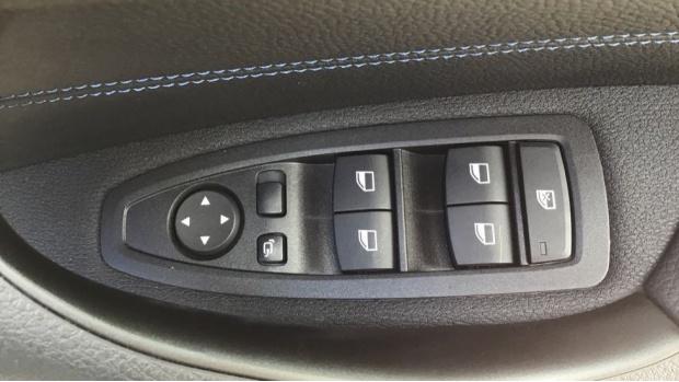 2021 BMW XDrive25e M Sport (Black) - Image: 27