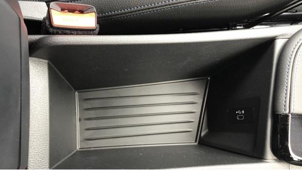 2021 BMW XDrive25e M Sport (Black) - Image: 38