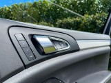 2016 Porsche Turbo Tiptronic 4WD 5-door (Grey) - Image: 18
