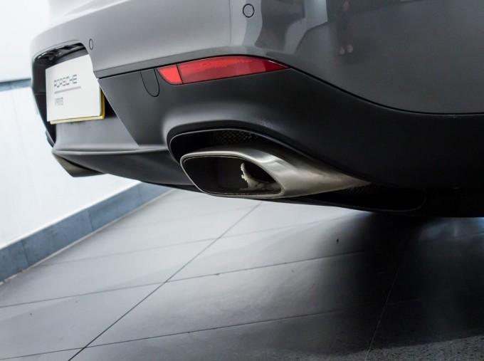 2014 Porsche TD V6 Tiptronic 5-door (Grey) - Image: 9