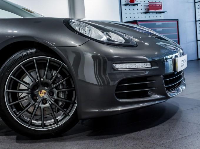 2014 Porsche TD V6 Tiptronic 5-door (Grey) - Image: 16