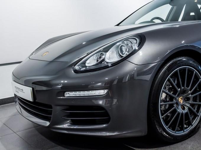 2014 Porsche TD V6 Tiptronic 5-door (Grey) - Image: 17